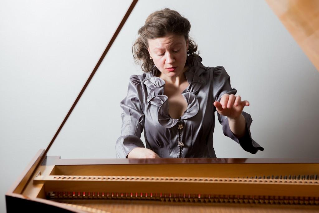 Sylvia Berry, fortepiano